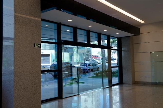 Porta de vidro temperado automática